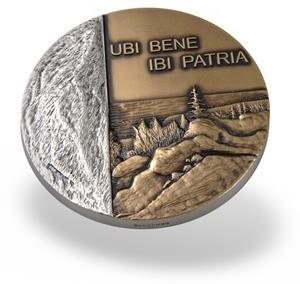 Bronzos medalis padengtas sidabru