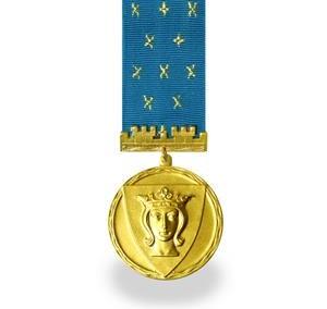 Paauksuotas medalis su juosta